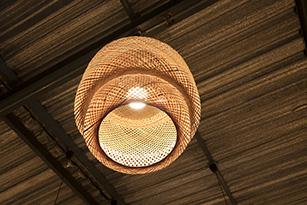 5 Cara Membuat Rumah Terlihat Lebih Menarik - lampu - jasa interior bogor