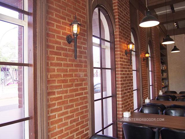 Cafe The Broadwalk Tavern BSD - jasa kontraktor interior bogor 03